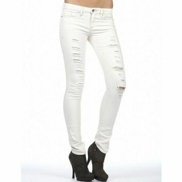 aa2596a9b86 Blank NYC Jeans   Shredded White Skinny White   Poshmark